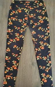 Rare Lularoe black floral OS leggings